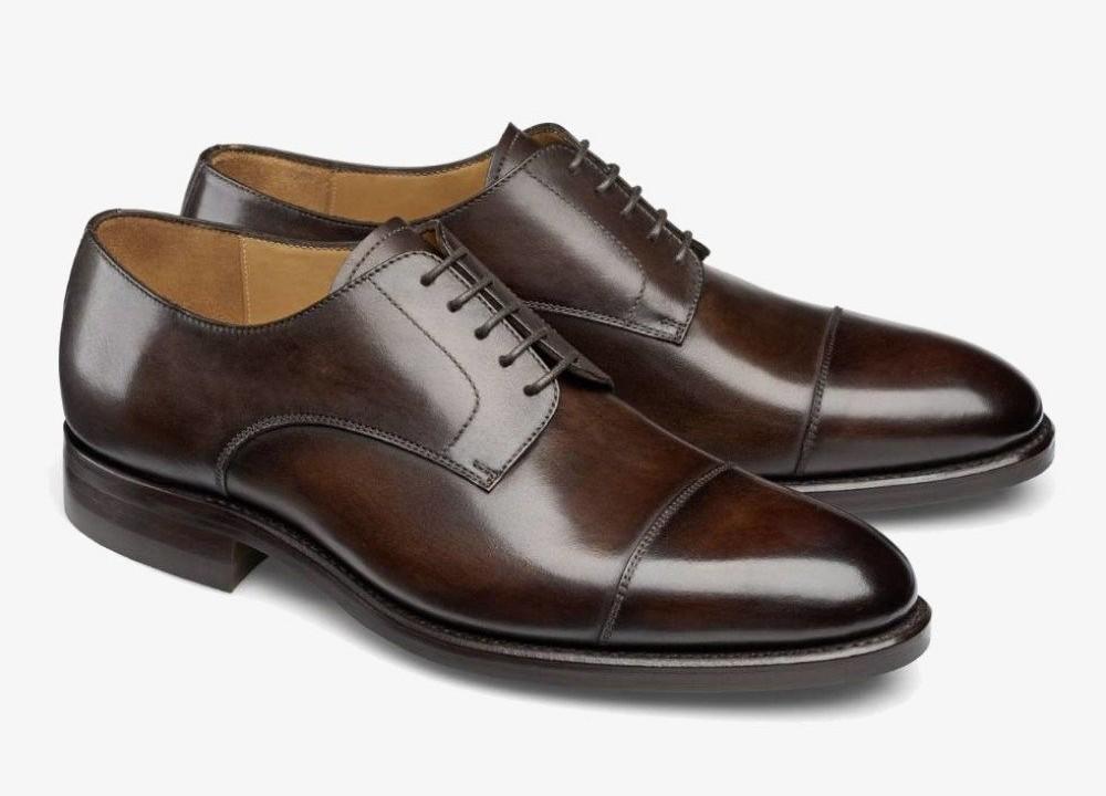 Brown derby shoes - best autumn shoes for men