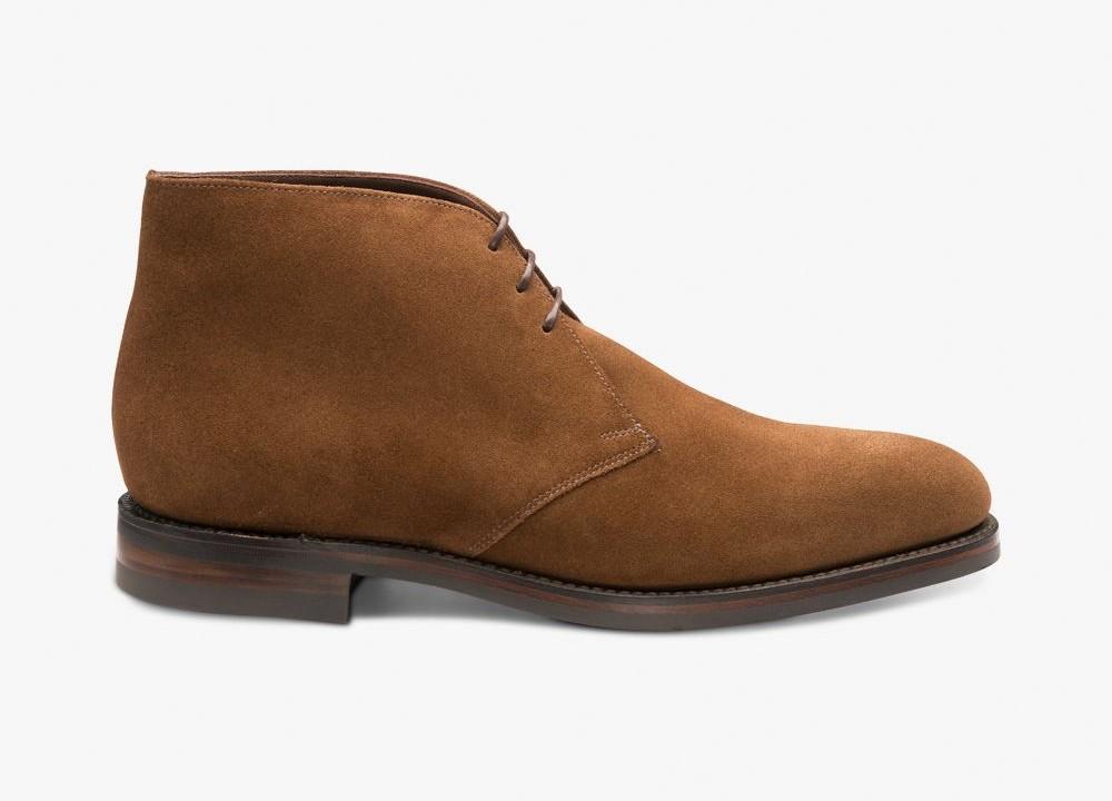 Brown desert boots - best autumn shoes for men