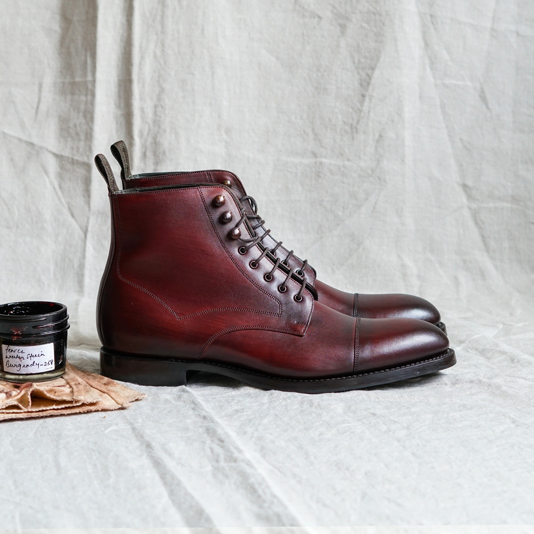Loake Hirst lace up toe cap boots